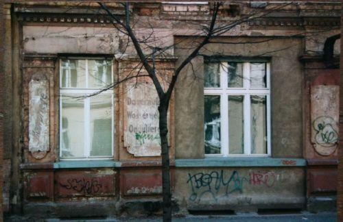 Prenzlauer Berg, 1996, Kremmener Straße: Dauerwelle, Wasserwelle, Ondulieren